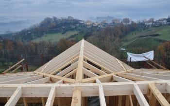 Sopraelevazione in legno con sistema a telaio