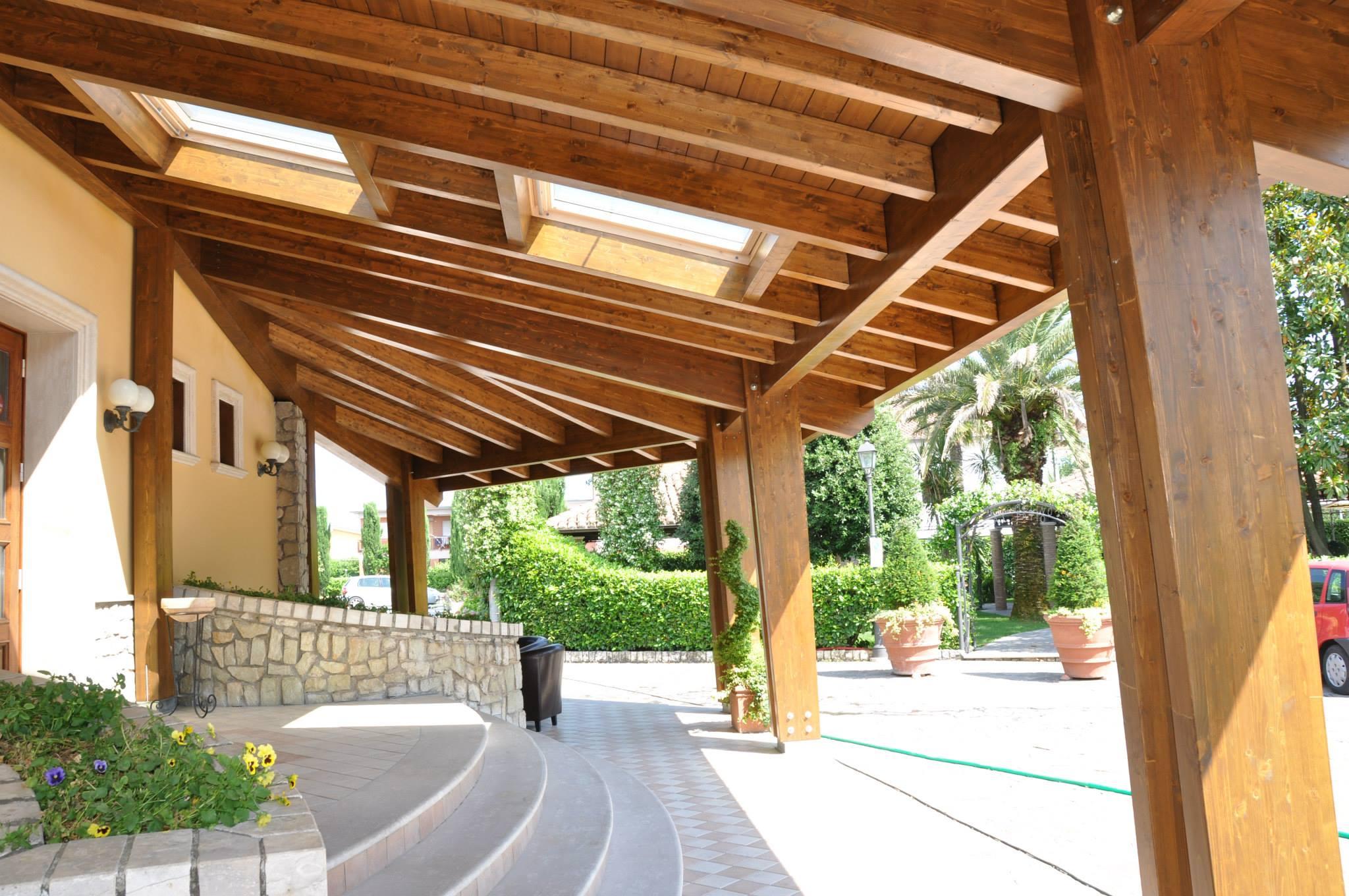 Veranda In Legno Terrazzo strutture in legno
